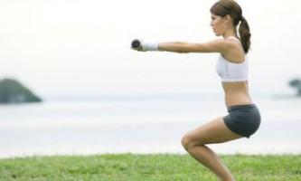Худнемо правильно: вправи для ніг