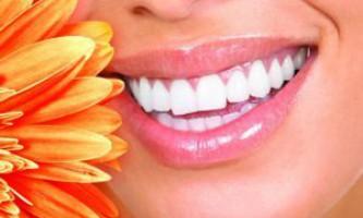 Як піклуватися про зуби? Домашній стоматологічний кабінет